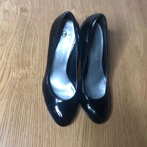 Joey Black Patent Leather Heels Size 8